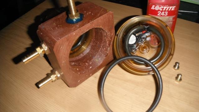 Modification alimentation pompe TD/95. Dscf1827