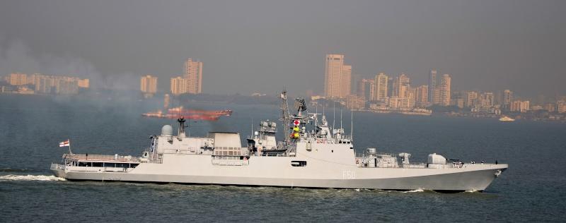 Russian Krivak IV stealth frigates Ins_ta10