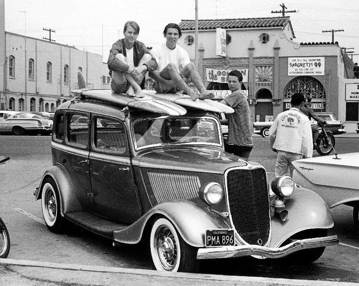 "Hot rod in street - Vintage pics - ""Photos rétros"" -  - Page 2 30277210"