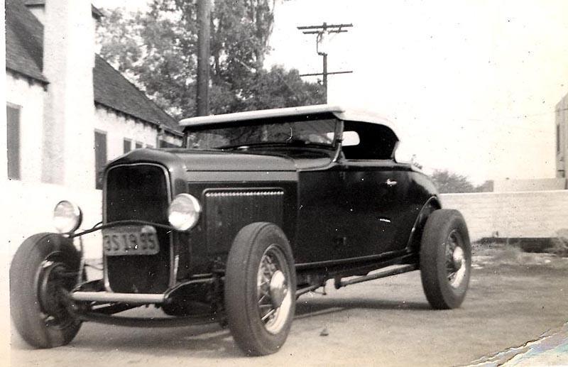 "Hot rod in street - Vintage pics - ""Photos rétros"" -  - Page 2 31704310"