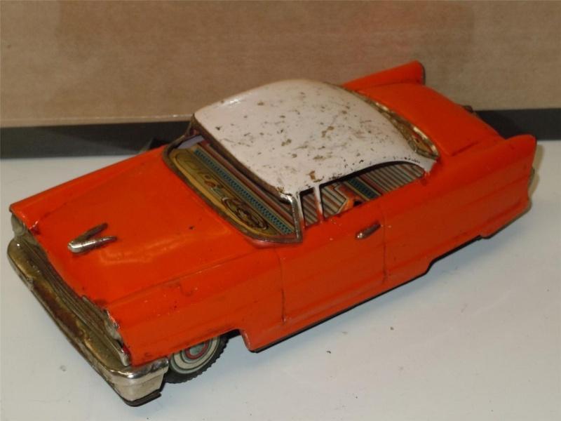 us car -  tôle - Tin Toys -  1950's & 1960's 63026711