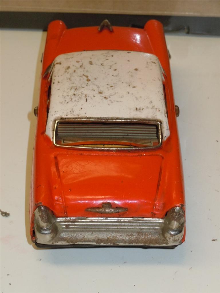 us car -  tôle - Tin Toys -  1950's & 1960's 63026714
