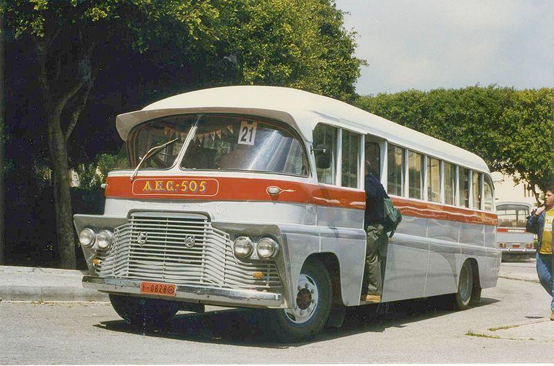 Autobus retro 800px-11