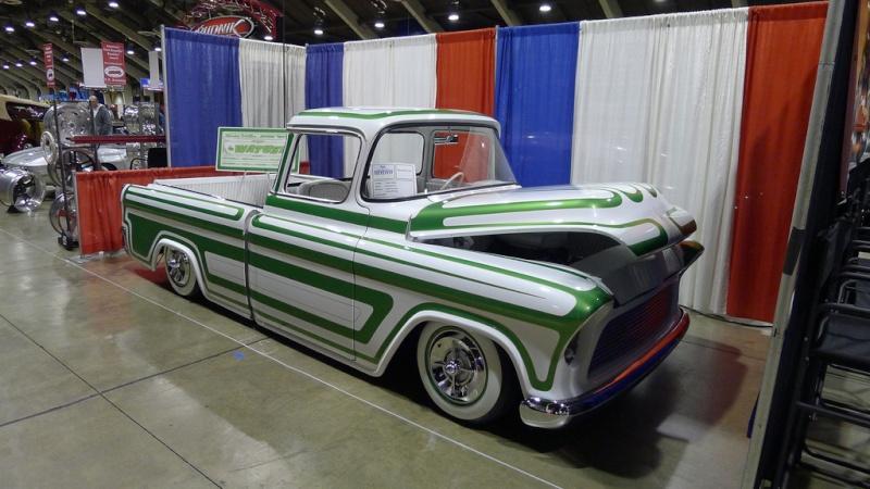 Chevy pick up  1955 - 1959 custom & mild custom 84136016