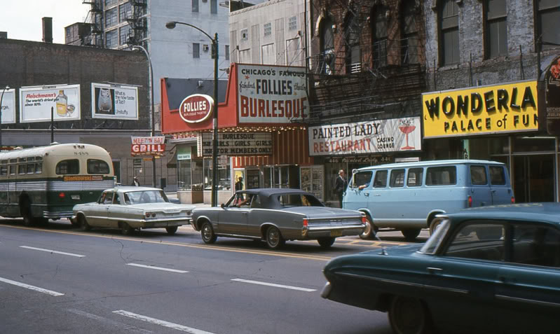 Rues fifties et sixties avec autos - 1950's & 1960's streets with cars A88710