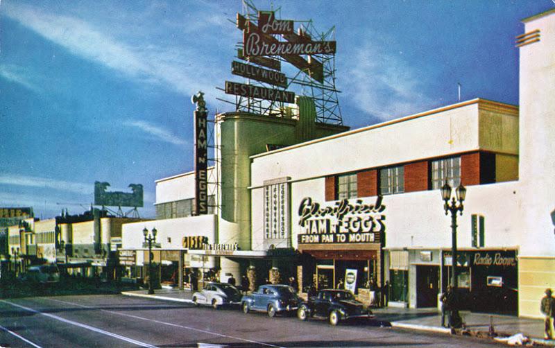 Rues fifties et sixties avec autos - 1950's & 1960's streets with cars Brenem10