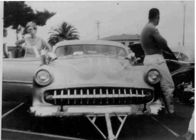 custom cars in the street ( 1950's & 1960's) Califi10