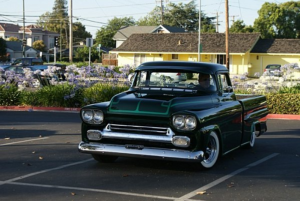 Chevy pick up  1955 - 1959 custom & mild custom Dsc01310