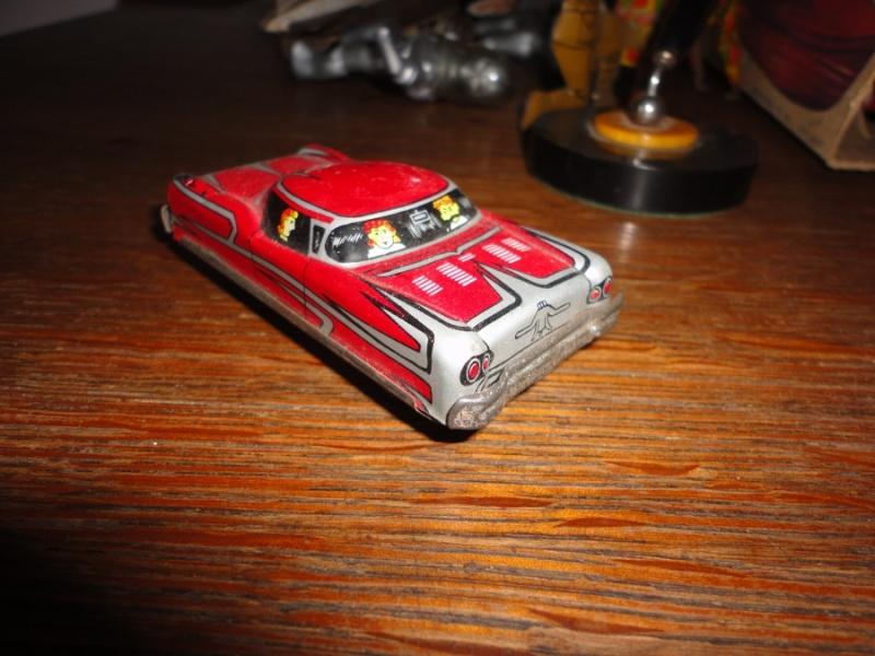us car -  tôle - Tin Toys -  1950's & 1960's Dsc01511
