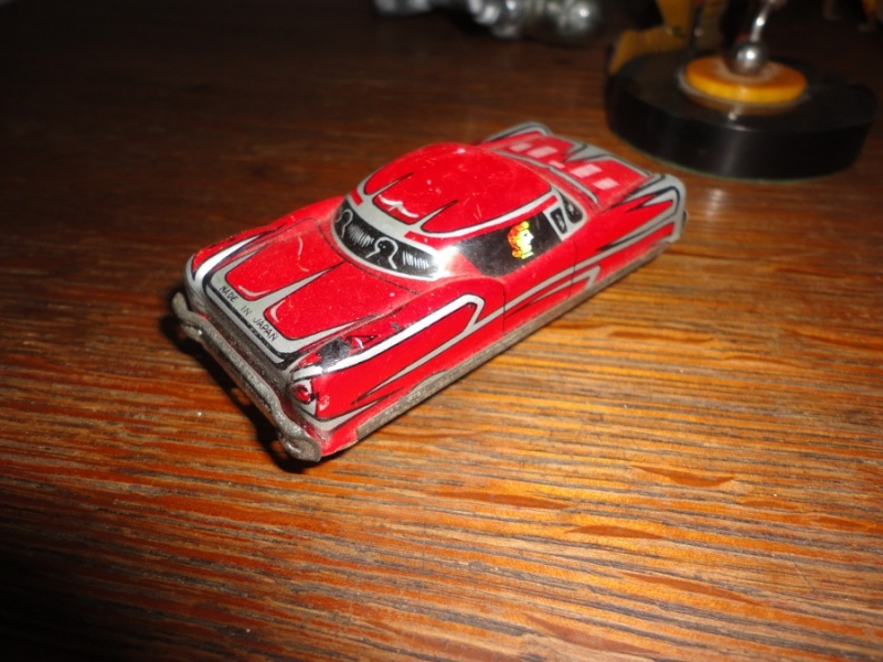 us car -  tôle - Tin Toys -  1950's & 1960's Dsc01512