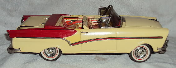 us car -  tôle - Tin Toys -  1950's & 1960's Dsc06414