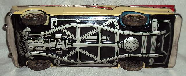 us car -  tôle - Tin Toys -  1950's & 1960's Dsc06421