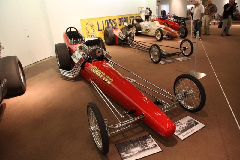 Slingshot & vintage dragster  Grand_11