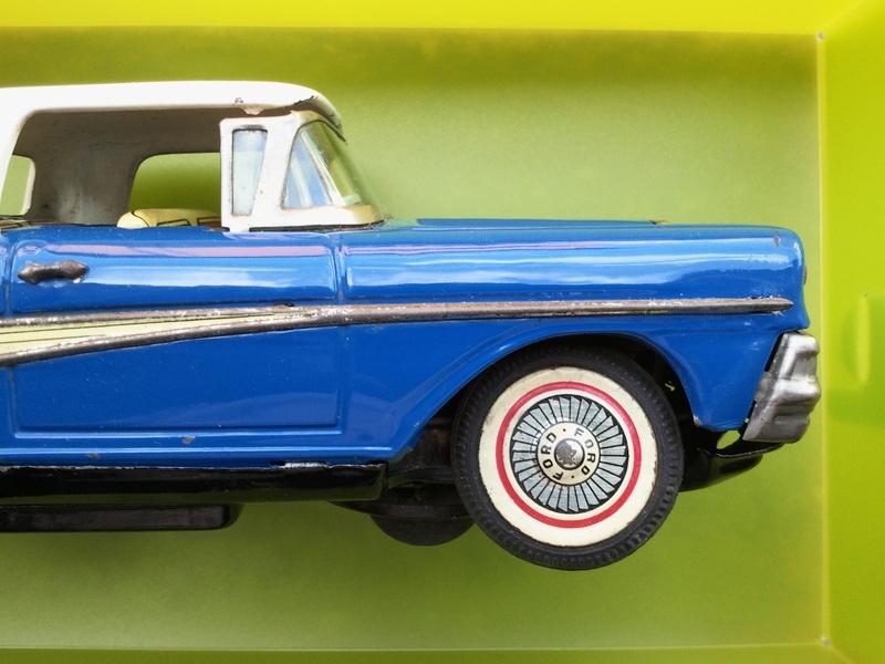 us car -  tôle - Tin Toys -  1950's & 1960's Img20117