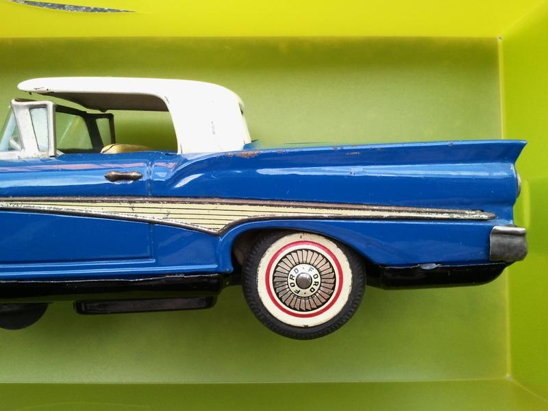 us car -  tôle - Tin Toys -  1950's & 1960's Img20118