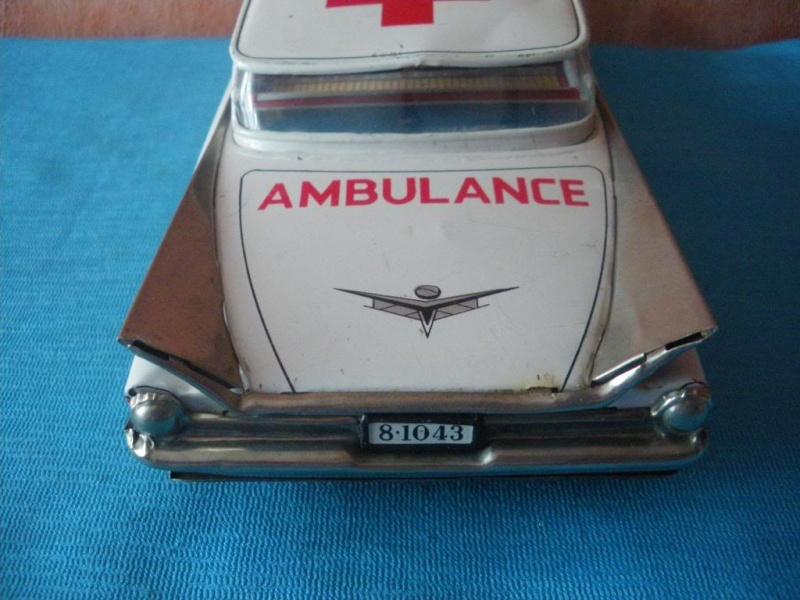 us car -  tôle - Tin Toys -  1950's & 1960's Imgp8911