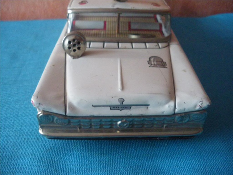 us car -  tôle - Tin Toys -  1950's & 1960's Imgp8913