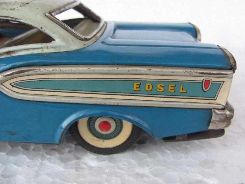 us car -  tôle - Tin Toys -  1950's & 1960's Kgrhqf18