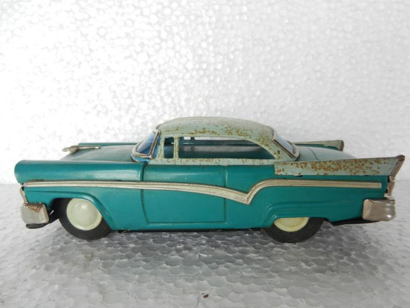 us car -  tôle - Tin Toys -  1950's & 1960's Kgrhqn15