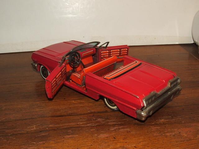 us car -  tôle - Tin Toys -  1950's & 1960's Kgrhqn17