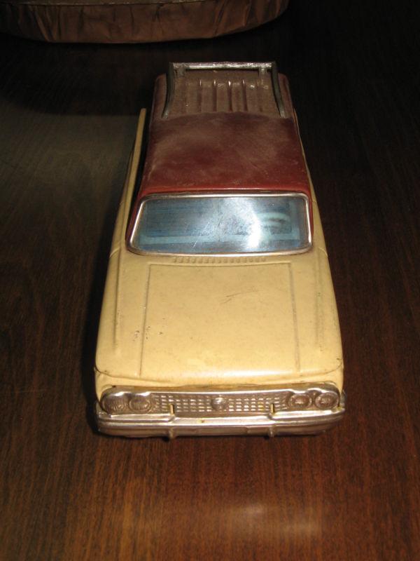 us car -  tôle - Tin Toys -  1950's & 1960's - Page 2 Kgrhqn21