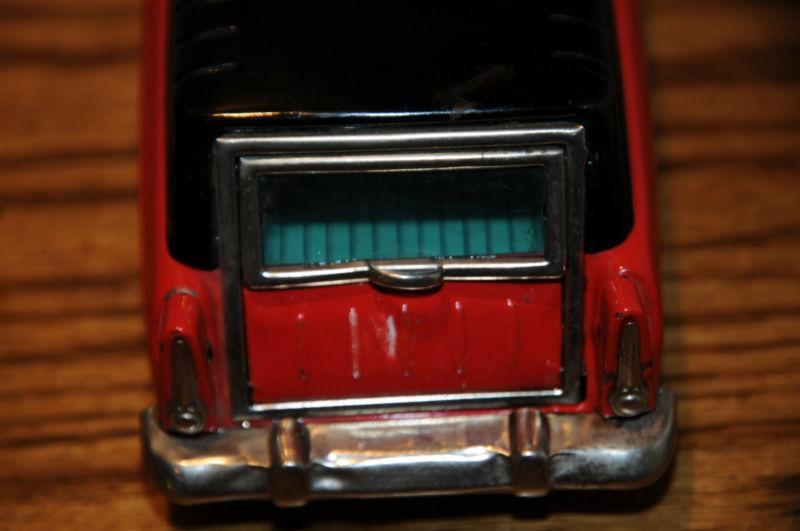 us car -  tôle - Tin Toys -  1950's & 1960's Kgrhqr12