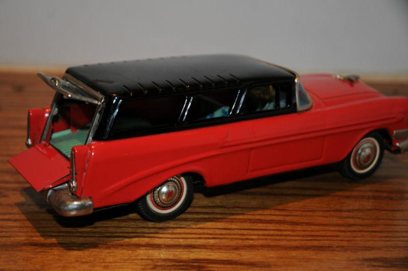 us car -  tôle - Tin Toys -  1950's & 1960's Kgrhqr13