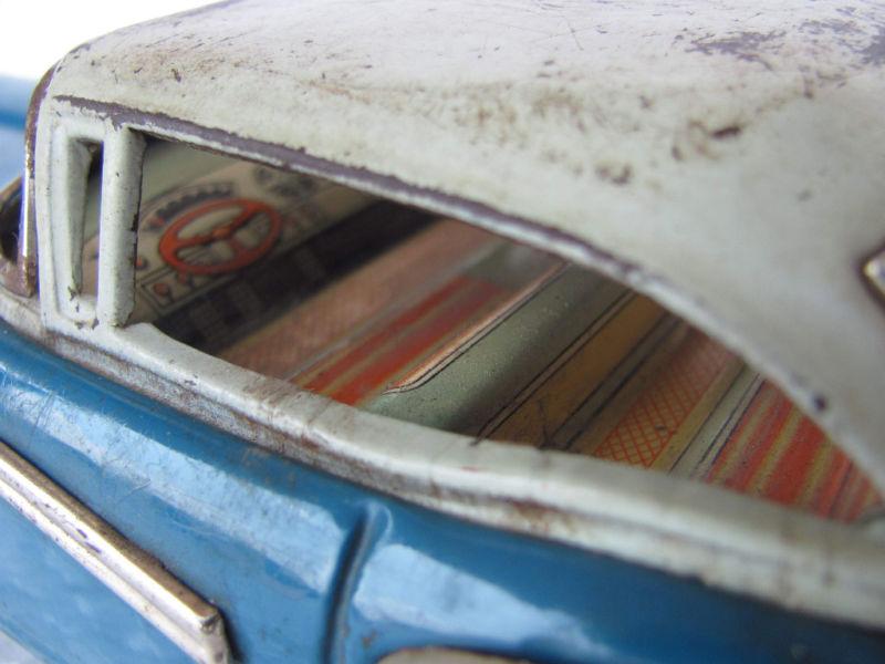 us car -  tôle - Tin Toys -  1950's & 1960's Kgrhqr15