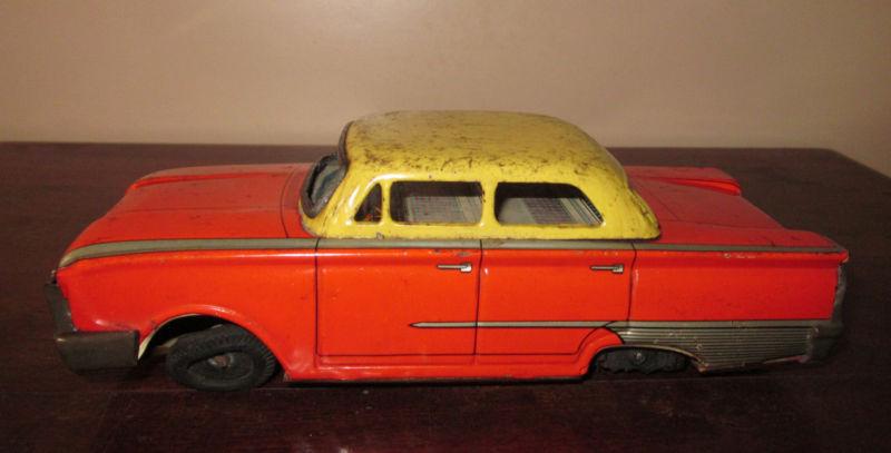us car -  tôle - Tin Toys -  1950's & 1960's Kgrhqr17