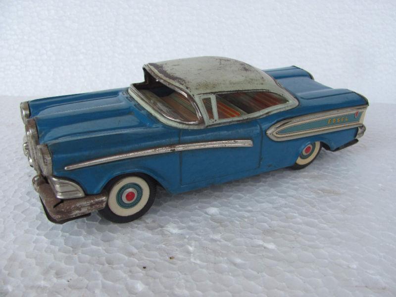 us car -  tôle - Tin Toys -  1950's & 1960's Kgrhqz11