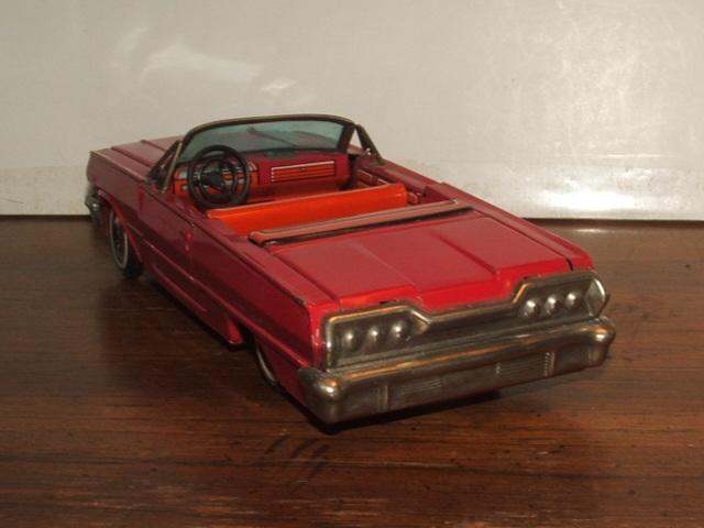 us car -  tôle - Tin Toys -  1950's & 1960's Kgrhqz13