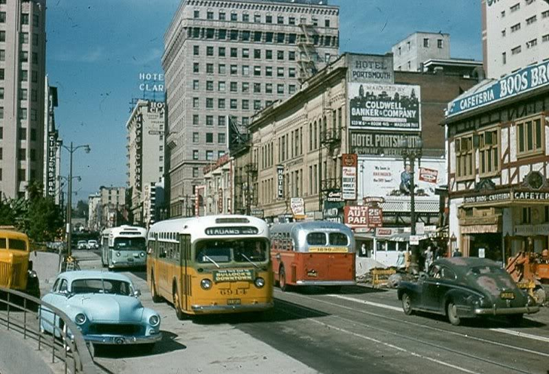 Rues fifties et sixties avec autos - 1950's & 1960's streets with cars La071510