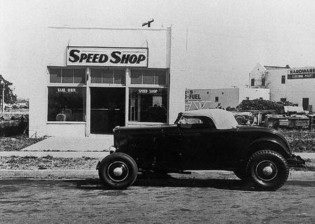 "Hot rod in street - Vintage pics - ""Photos rétros"" -  Orrspe10"