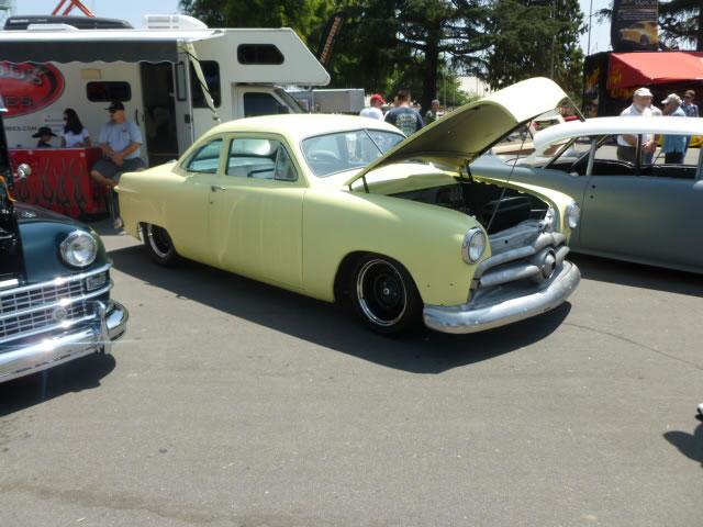 Ford 1949 - 50 - 51 (shoebox) custom & mild custom galerie P1030310