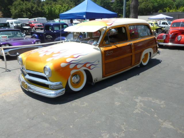 Ford 1949 - 50 - 51 (shoebox) custom & mild custom galerie P1030410