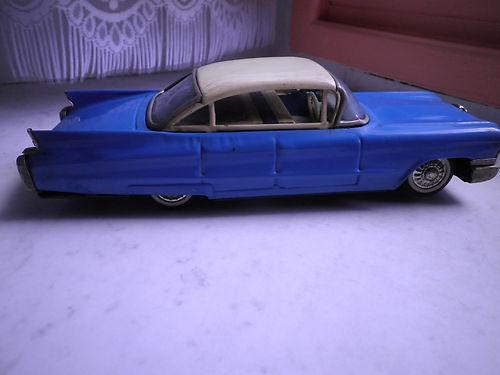 us car -  tôle - Tin Toys -  1950's & 1960's T2ec1612