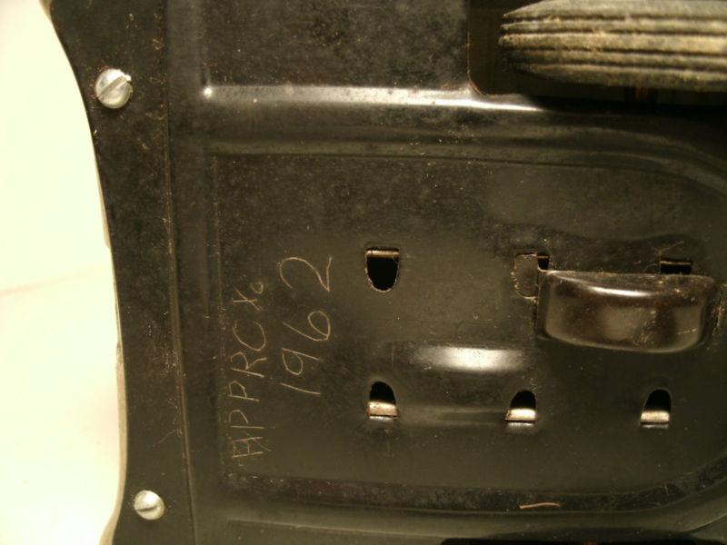 us car -  tôle - Tin Toys -  1950's & 1960's T2ec1619