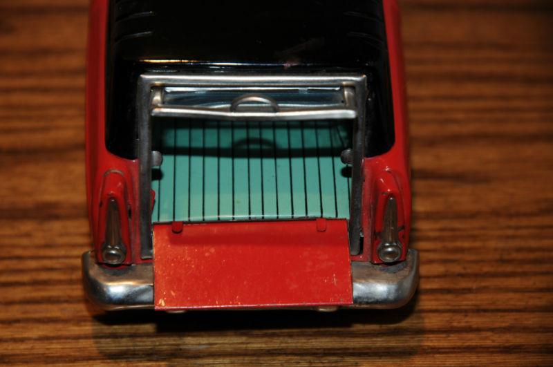 us car -  tôle - Tin Toys -  1950's & 1960's T2ec1620