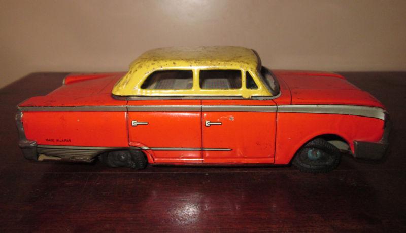 us car -  tôle - Tin Toys -  1950's & 1960's T2ec1627