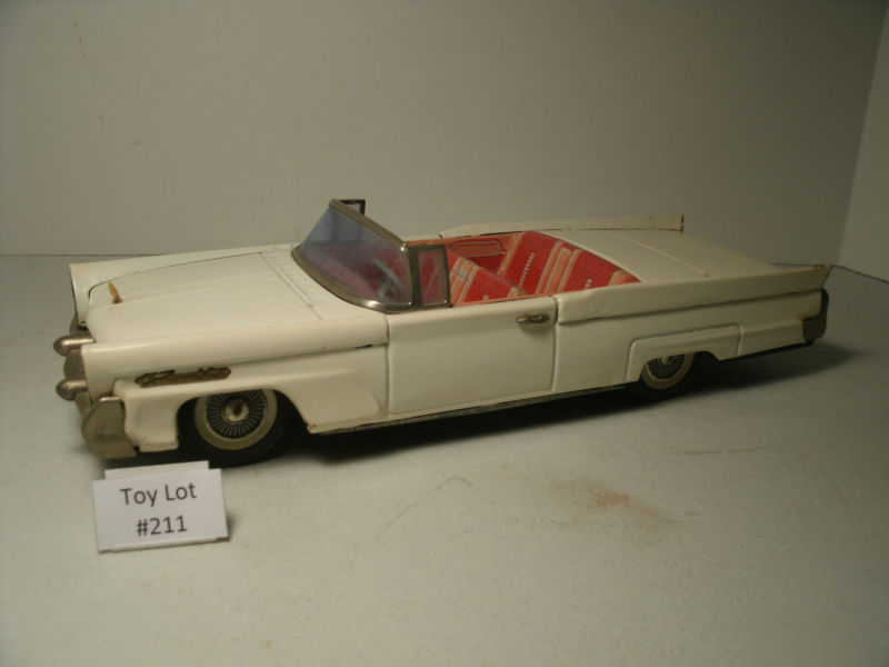 us car -  tôle - Tin Toys -  1950's & 1960's T2ec1635