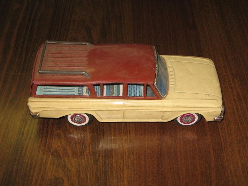 us car -  tôle - Tin Toys -  1950's & 1960's - Page 2 T2ec1638