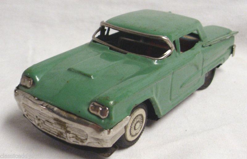 us car -  tôle - Tin Toys -  1950's & 1960's - Page 2 T2ec1640