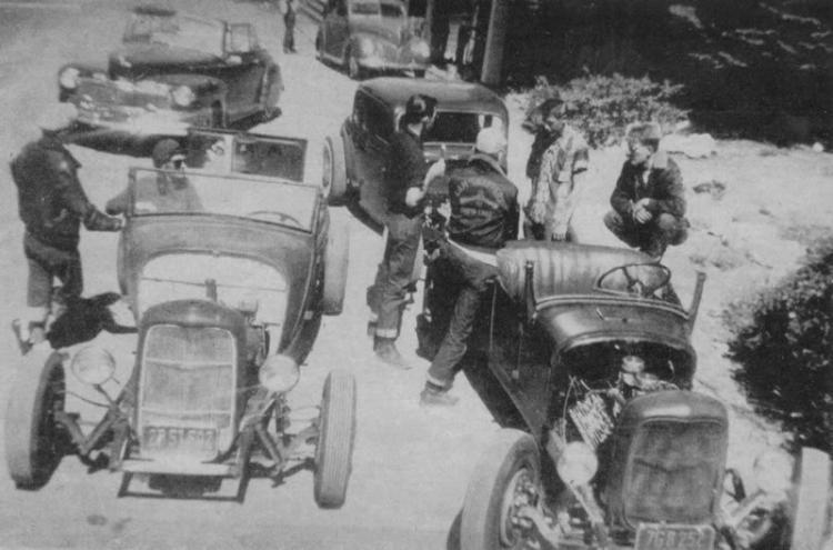 "Hot rod in street - Vintage pics - ""Photos rétros"" -  User1310"