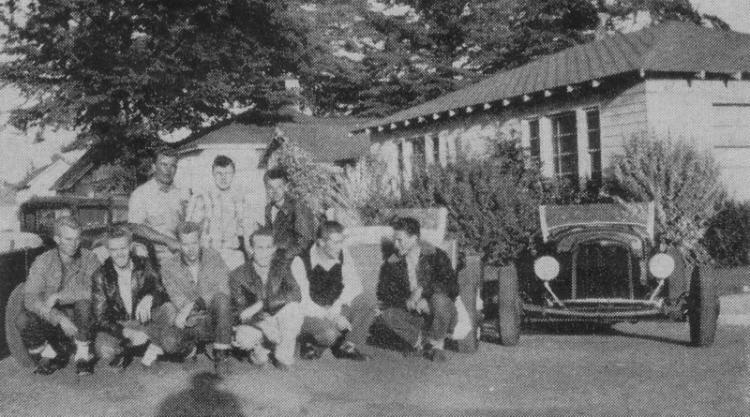 "Hot rod in street - Vintage pics - ""Photos rétros"" -  User1311"