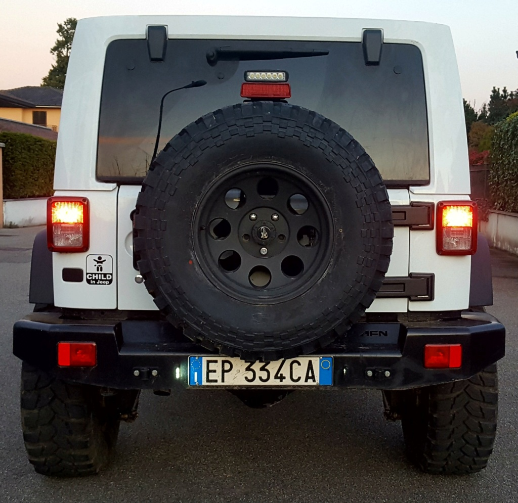 Jeep Wrangle JKU installazione retrocamera - Pagina 2 20200110
