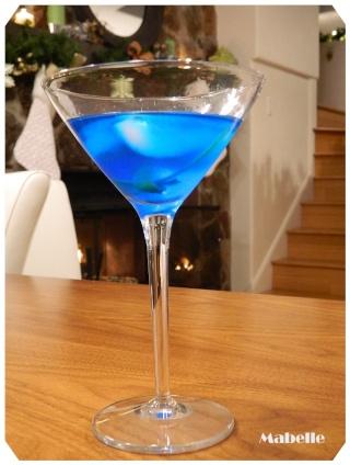 Blue Lagoon Blue_l10