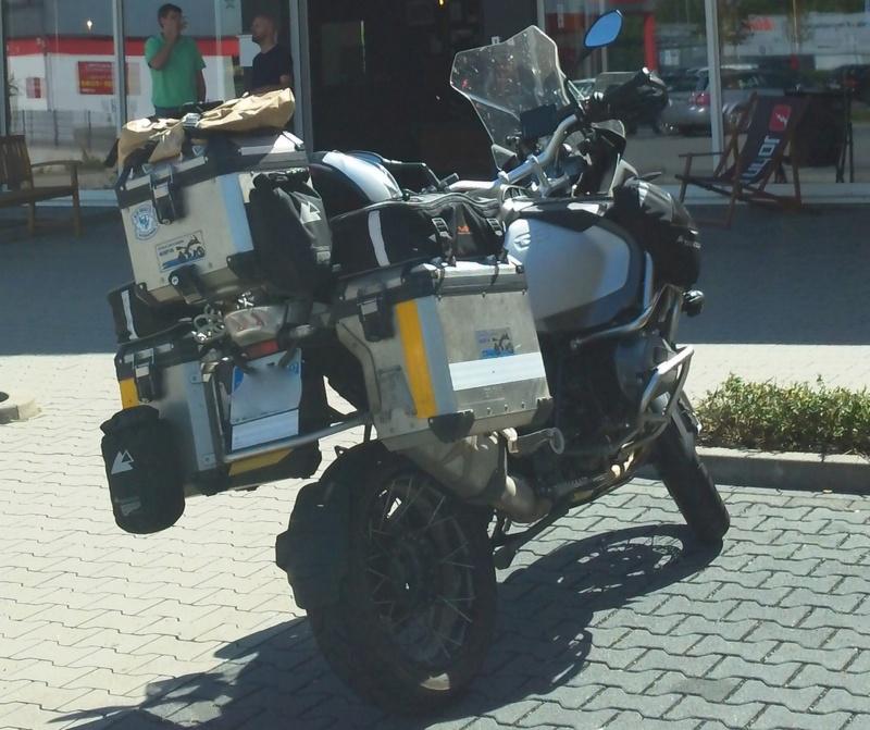 Equipement et bagagerie moto (Trail de baroudeur) John_d11