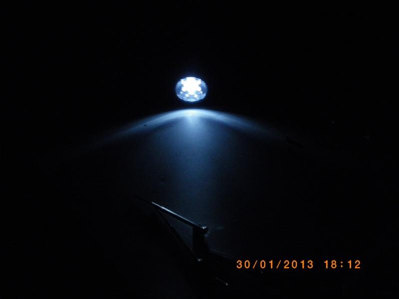 [Test Matériel] Radio/Lampe à dynamo de chez carouf Imgp0014