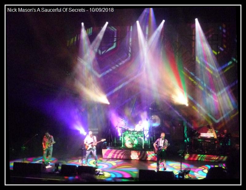 Nick Mason's Saucerful Of Secret, Olympia 10 Septembre - Page 3 Nick_m12