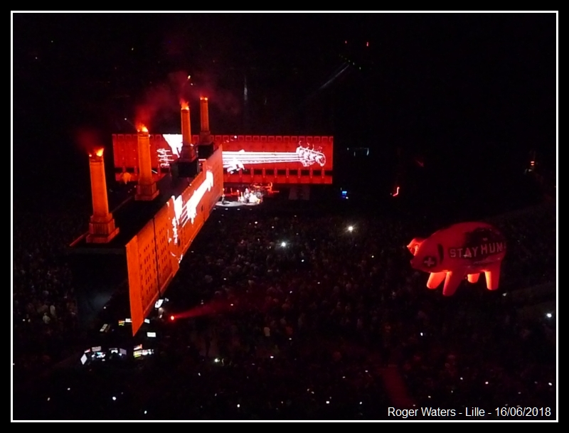 ROGER WATERS - Lille - Stade Pierre Mauroy - 16 juin 2018 - Page 8 Roger_13